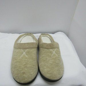 Isotoner slippers 9.5-10